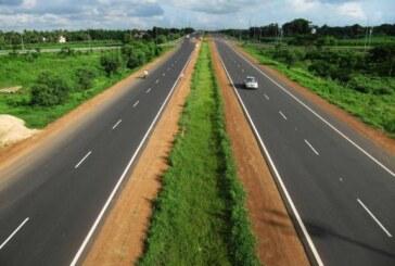 Real-time traffic updates through radio on NH soon: Nitin Gadkari