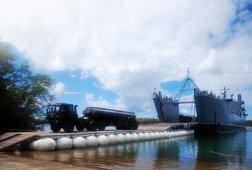 Lightweight Modular Causeway System (LMCS) for floating bridges